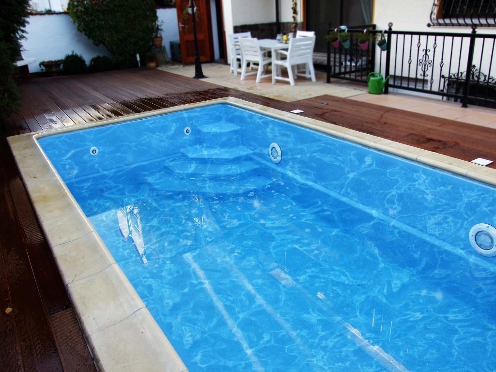 gfk pool klein cool pool aus gfk selber bauenso bauen sie sich selbst einen gfk pool garten. Black Bedroom Furniture Sets. Home Design Ideas
